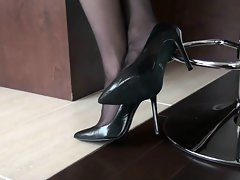 5inch ebony pumps with stockings