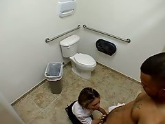 Amateur vixen service a shaft in public toilet