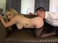 Aiden Starr loves getting her stiff butt tongue screwed