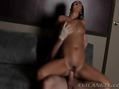 London Keys bounces her filthy snatch on this stiff penis