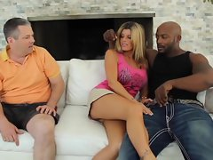 Kristal Summers' dude watches her banged by black dick