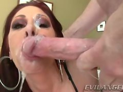 Tiffany Mynx gets her face splattered with warm cum