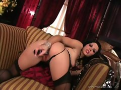 Luscious Rebecca Linares loves toying her sappy dripping vagina