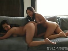 Asa Akira loves finger banging London Keys dripping snatch
