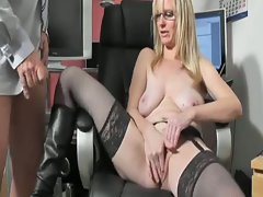 Buxom amateur mummy screws assistant