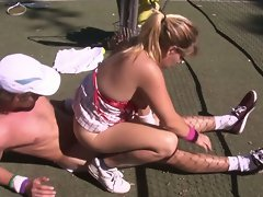 Filthy amateur couple shagging brutal on tennis court