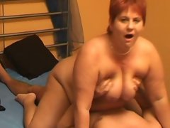 Amateur slutty wife licks and bangs