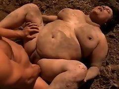 Farmer bangs obscene buxom