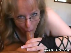 Amateur dirty wife gives handjob and cock sucking