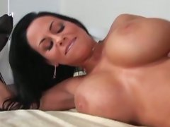 Stepmom with gorgeous mega big melons receives a nice shagging