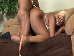 Heavy black cutie licking shaft and screwed rough