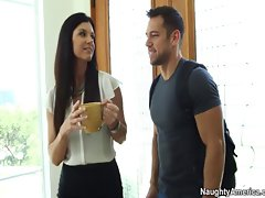 Randy America tiny tit mummy India Summer