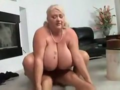 Top heavy Plumper Granny Banging By TROC