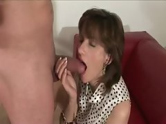 Experienced stocking vixen handjob and cumshot