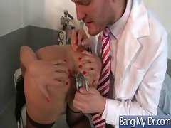 Pacient And Doctor Get Grinded Rough video-32