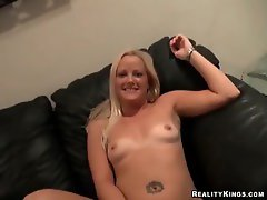 Luscious dirty wife fellatio on her hubby's dick