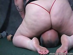 Great plumper girl sitting on his face and smothering him