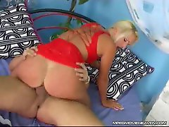 Sexual blond sitting on a prick and taking it deep