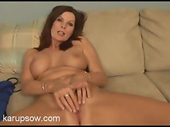 Luscious mum gal idly masturbates while interviewing