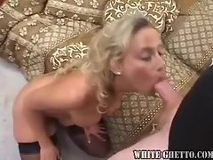 Stockings mum doing oral and brutal screwing