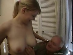 English chick with big butt screwed by older dude