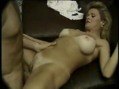 Classic mommy pornstar does a tasty job of pleasuring him