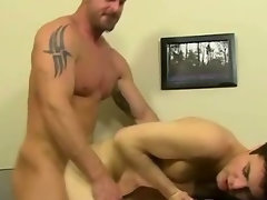 Experienced hunk banging a 18yo lad in his narrow butt