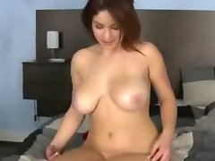 Attractive Lass Gets Titty Screwed On Bed