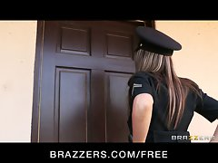 Brazzers - Big-tit cop Courtney Cummz is banged & punished