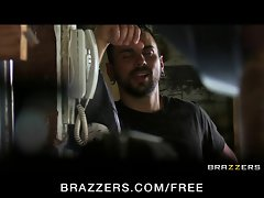 Brazzers - Asian mechanic Skin Diamond rides huge shaft as pay