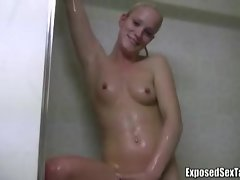 Juicy amateur showers, licks and shags
