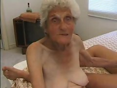 Genuine granny grinded while wearing stockings