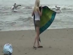 Exhibitionist slutty girl at the beach gets banged by the voyeur chap