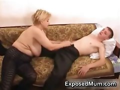Elegant mum in negro pantyhose worships part3
