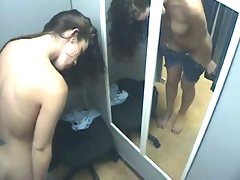 Attractive Wench in changing room - Heisse Frau in der Umkleide