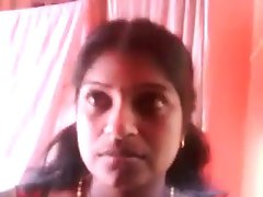 Smart Sensual indian Kerala Aunty Show her HUGE Knockers