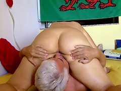 SilverStallion and SwissMature - two experienced porn stars