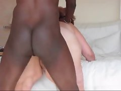 Thick Cougar Try her Ebony man