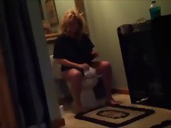 My Momma Candid Toilet shot with no pants