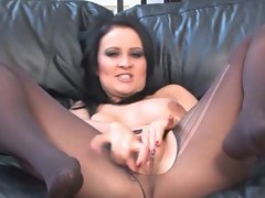 Amber Leigh Getting Alluring and Masturbating in Stockings 2