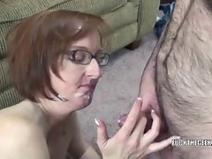 Attractive mature swinger Layla