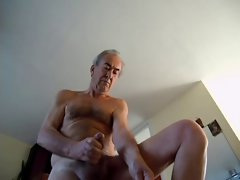a lad wanking brutal must spurt some cum