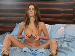 Wench Emily Addison loves tweaking her rough nipples
