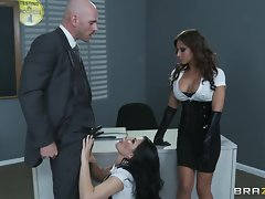 Attractive Rebecca Linares & Madison Ivy share this prick