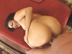 Rampant Crissy Moon loves getting her snatch thumped
