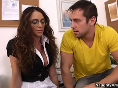 Teacher Ariella Ferrera is hot, attractive and ready