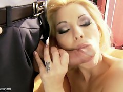 Arousing Cindy Hope gobbles down this trouser snake