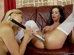 Tempting Cindy Hope stuffs a bat into Larissa Dee