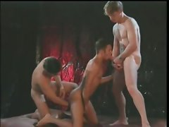 Intense gay crazy threesome action with luscious hunks part3