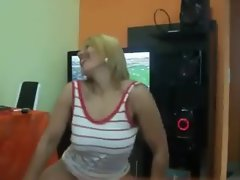 Amazing Brazilian Girlie Dancing!